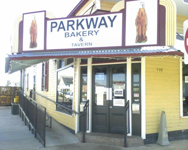 parkway.exterior