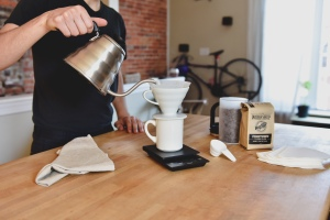 Coffee-Lifestyle-Kettles-Scales-4