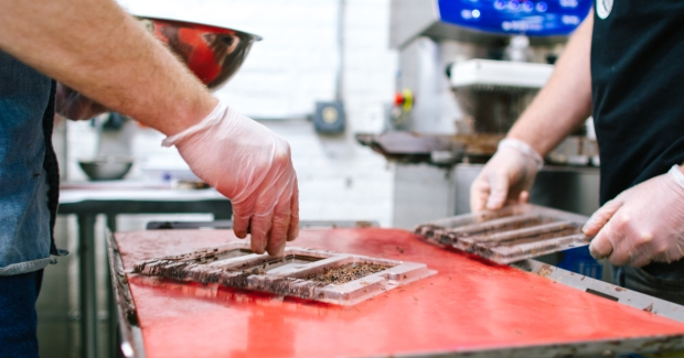 chocolate_making_by_hand_facebook